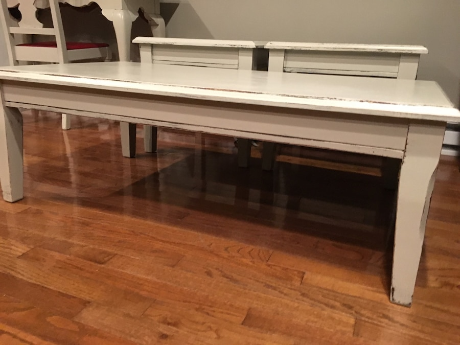 Used Coffee Table 2 End Table Set In Bourbonnais