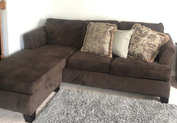 Simmons L Shaped Sectional Sofa Couch Reversible 28c4faf9-12d5-4950-8f8e-30203c00b5d2