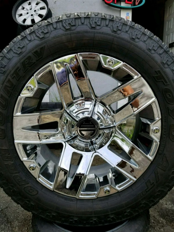 Used 20s Wheelstires 8 Lug Only Chevy Ford Dodge For Sale In