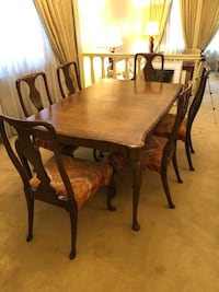 Antique Dining Room Table Set Mont-Royal