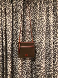 Dooney and Burke Brown Leather Crossbody Ruther Glen, 22546
