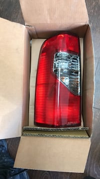 Nissan Xterra side replacement taillight assembly El Monte, 91732