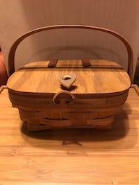 Beautiful! Small Collectible Country Basket Purse Gainesville, 20155