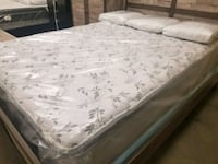 Queen size mattress and boxspring pillow top new Jacksonville, 32216