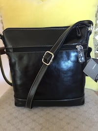 Giani Bernini Black Glased Crossbody bag