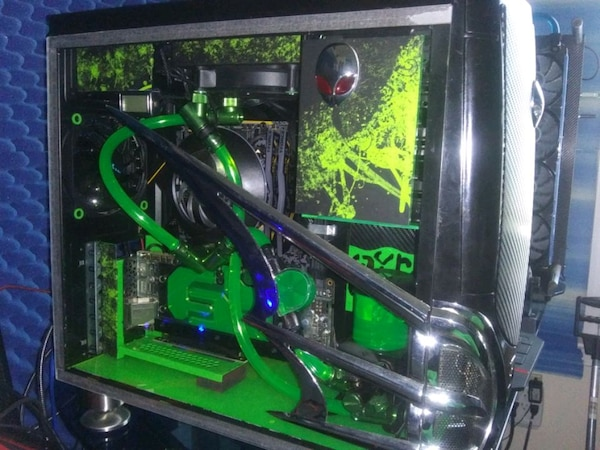 Custom water cooled gaming pc
