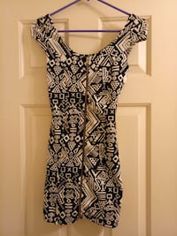 H&M women black and white dress Diamond Bar, 91765