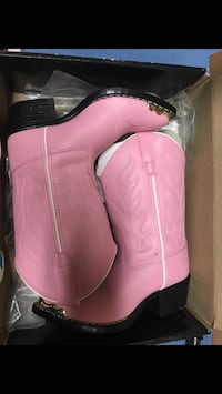 Girls Wild West Pink Cowgirl Boots  New York, 10474