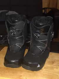 K2 women's snowboard boots size 8.5 double boa. Slightly used Poughkeepsie, 12601