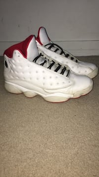 Jordan 13 size 10 (need gone quick ) Dollard-des-Ormeaux, H9A 3C4
