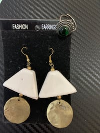 Fashion jewellery on sale ($10 per piece) Vancouver, V5R 4B1