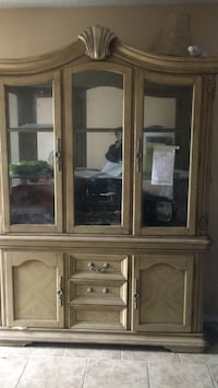 brown wooden framed glass display cabinet San Bernardino, 92410