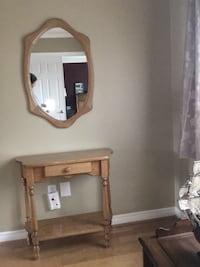 Mennonite hall table and mirror Newmarket, L3X