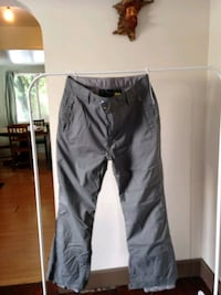 XL mens snow pants New Westminster, V3M 3Z8