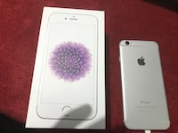 Silver with white face IPhone 6 mint and unlocked 16 Gb Kitchener, N2E 3Z7