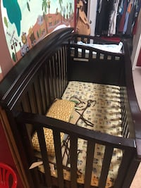 Baby crib with drawers for sale Vienna, 22180