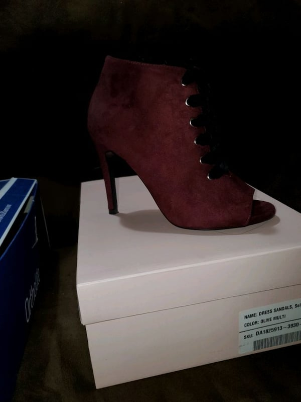 Brand new maroon heels size 7 0529dabe-4709-4274-a93e-cff4f735435d