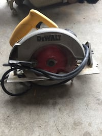 Black and orange black & decker circular saw Maple Ridge, V2X 8R4