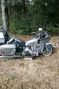 black and gray touring motorcycle Kissimmee, 34746