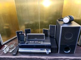 Sony 5 Disc Home Theater w/ 32 GB Ipod