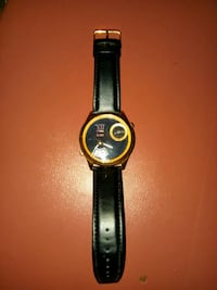 AUTHENTIC/Genuine Leather. Gold/Black GUESS WATCH!