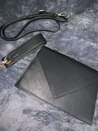 Black shoulder bag/cross-body