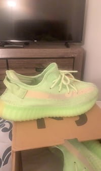 Yeezy boost 350 V2 Size 9 Baltimore, 21237