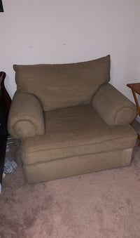 Sofa chair  Indian Trail, 28079