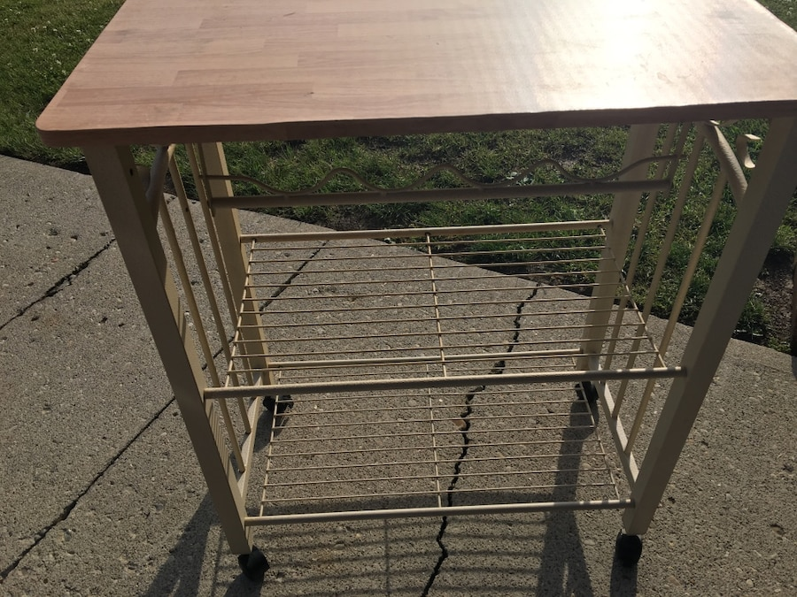 used brown and grey table with wine rack for sale in huber heights rh us letgo com