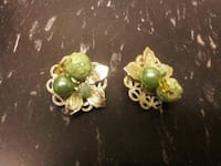pair of gold-colored-and-green earrings Sparks, 89431