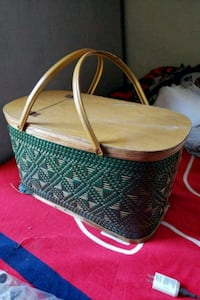 Old wooden wove picnic basket 377 mi