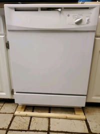 G.E. Never been used Dishwasher