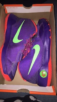 pair of purple Nike Kevin Durant shoes