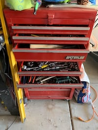 Red snap-on tool chest Perris, 92570