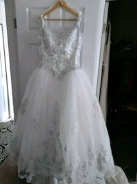 white floral lace sleeveless wedding dress Alexandria, 22306