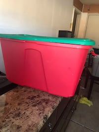 Storage containers 30 gallon