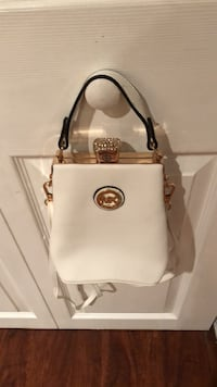 white leather Michael Kors 2-way handbag Alexandria, 22310