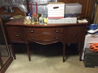 Dining Room Buffett (have matching dining room table) Mount Airy, 21771