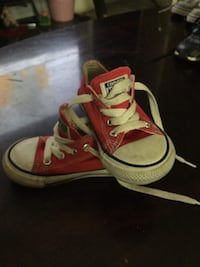 Red converse Bethany, 73008