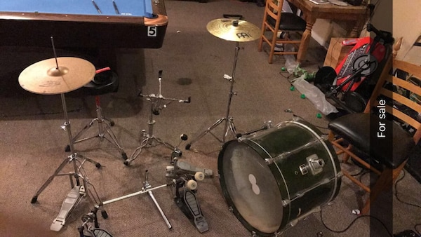 used drums drum accessories double pedal cymbal kick drum hardware more for sale in la. Black Bedroom Furniture Sets. Home Design Ideas