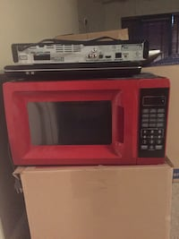 red and black microwave oven North Little Rock, 72113