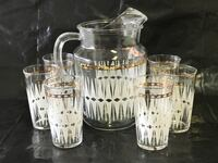 Vintage glass pitcher and 6 glasses Weirton, 26062