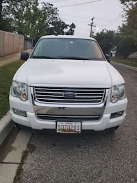Ford - Explorer xlt 4x4   - 2010 negotiable New Carrollton