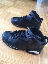 Jordan black cats size 6y. PRICE IS NOGATIATABLE Toronto, M9R 3T6