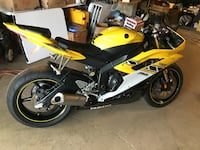 2006 Yamaha  condition: like new  fuel: gas  odometer: 7950  transmission: automatic  YOU WILL NOT FIND ANOTHER DEAL LIKE THIS. This thing is ready to go, haven't had it for long only selling it because I need the money. Never been abuse I'm the 3rd owner 360 km