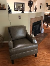 New Chair-  Bowie, 20720