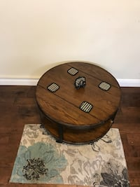 round brown wooden coffee table Austin, 78750