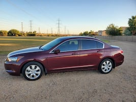 Honda Accord EXL Model,Sun roof, headed seats, aux plug, electric seats and mirrors, large trunk and roomy cabin space