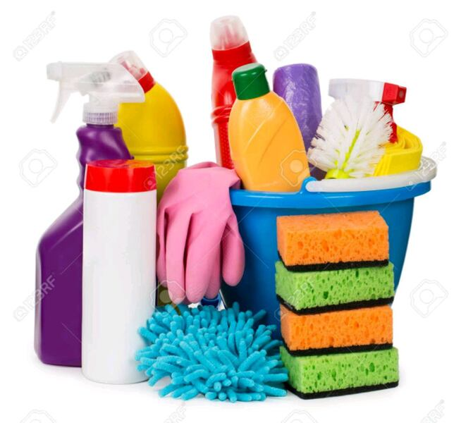 House cleaning a7d9be63-8231-4432-9f53-ad37b0a71b2e