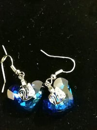 Heart shaped Swarovski crystal earrings El Paso, 79936